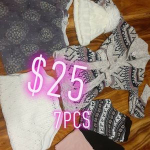 Girls Bundle $25 /7pcs. for Sale in Chicago, IL