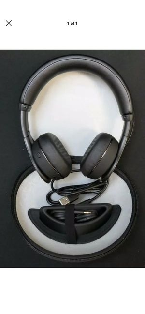 Klipsch reference on ear, Bluetooth wireless headphones with USB charging cord and 3.5 mm Jack for computer phone or stereo for Sale in Arvada, CO