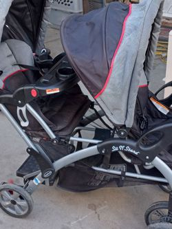 "Sit N"" Stand Baby Trend Double Stroller for Sale in Fresno,  CA"
