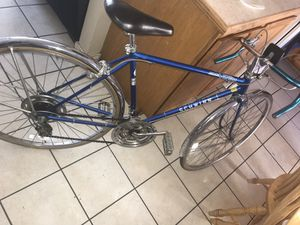 Schwinn road bike for Sale in Wenatchee, WA