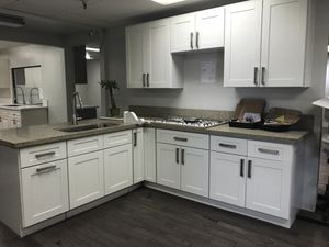 Kitchen solid Wood Cabinet Quartz Counter tops Warehouse Lowest Cost in CA for Sale in South Gate, CA