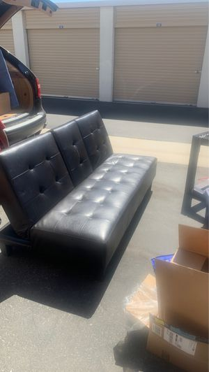 Futon. Faux leather for Sale in Bloomington, CA