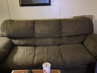 Matching Sofa & Loveseat Set $350.00 for Sale in Murray,  UT