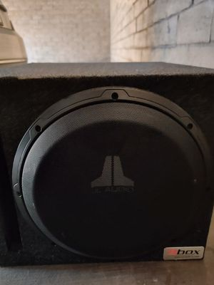 JL Audio sub and Kicker amp for Sale in Las Vegas, NV
