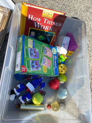Book game transformer balls for kids for Sale in Auburn, WA