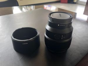 Sony 85mm f/1.8 for full frame E mount. Like new. for Sale in Gaithersburg, MD