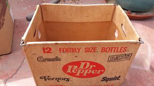 Vintage family size soda carrying case Dr Pepper Vernors Squirt Dads for Sale in Cerritos, CA