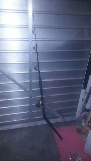 Daiwa SaltigaG Deep sea fishing rod with seagate reel for Sale in Long Beach, CA