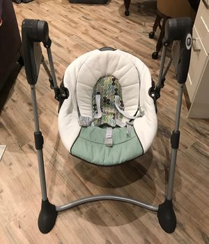 Slim Compact Baby Swing by Graco for Sale in Palm Harbor, FL