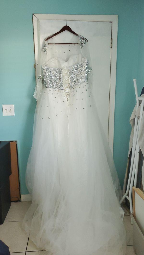 Wedding dress, prom, Quinceanera, sweet sixteen