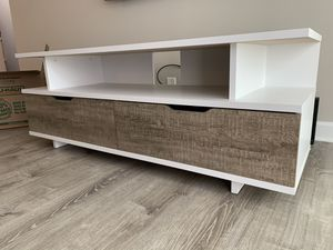 Tv stand for Sale in Glenview, IL