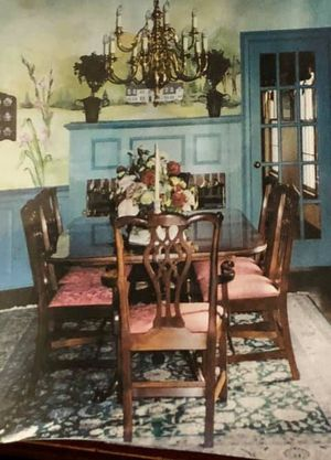 Dining Room table and chairs. for Sale in Hopewell Township, NJ