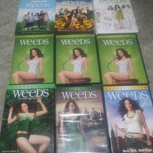 Weeds Seasons 1 Through 7 for Sale in Atwater, CA