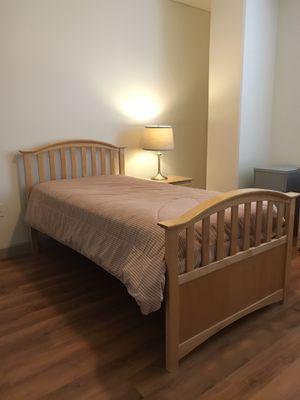 6 piece bedroom set for Sale in Seattle, WA