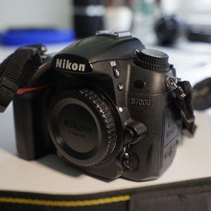 Nikon D7000 with all original accessories and box for Sale in Portland, OR
