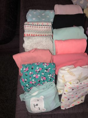 Baby girl clothes 0-6 for Sale in Las Vegas, NV