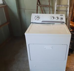 Whirlpool gas dryer great for big loads and it runs smooth. for Sale in Tampa, FL