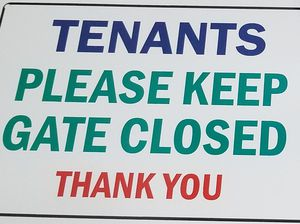 SIGN for Gate asking Tenants to Close Gate for Sale in Hollywood, FL