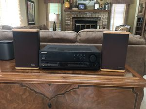 Pioneer Receiver and Advent Speakers for Sale in Glen Ellyn, IL