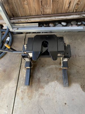 Husky 5th hitch 16k for Sale in Exeter, CA