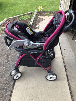 Baby Trend Hello Kitty Stroller and Car Seat for Sale in Saint Paul, MN