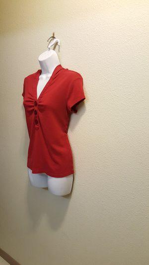 Women's Medium Red Short Sleeve Hooded 3-Button Shirt for Sale in Las Vegas, NV