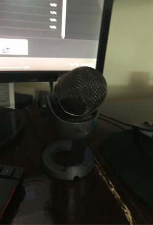 Blue yeti microphone (negotiable) for Sale in Queens, NY