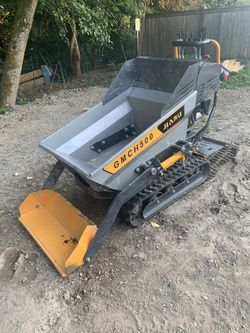 Mini dumper, compact tracked motorized wheelbarrow for Sale in Woodinville,  WA