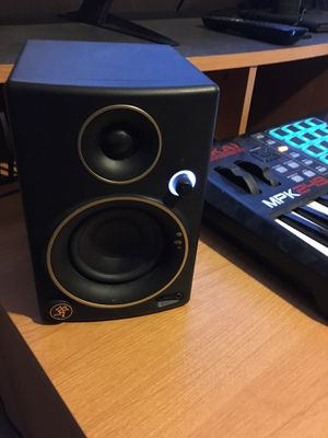 Designed Mackie studio monitors for Sale in Carrollton, TX