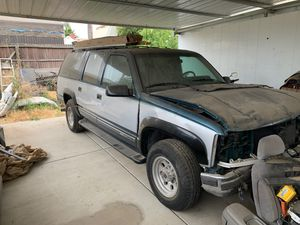 1994 suburban 2wd Diesel part out for Sale in Bloomington, CA