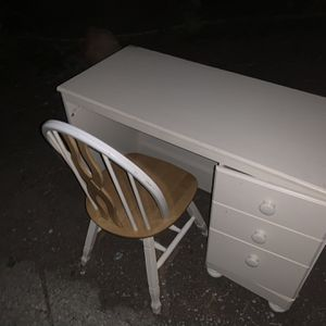 Free Desk And Chair Needs One Screw In Door for Sale in Danville, CA