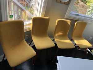 4 dining chairs- barely used. for Sale in Lexington, KY
