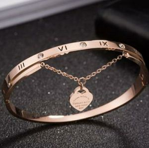 Titanium steel hanging simple rose gold plated bracelet. It's like Tiffany's bracelet. for Sale in Homestead, FL