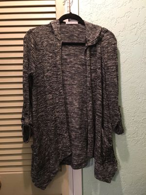 """""""Bajee Collection"""" charcoal robe with hood & pockets size small for Sale in La Mirada, CA"""