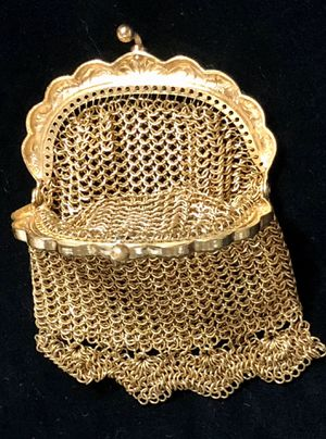 Antique Gold Mesh Purse Chain Mail Coin Purse purse for Sale in Clyde, TX