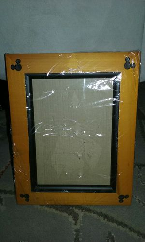 """Wooden DISNEY Mickey Mouse Ears Frame 5"""" x 7"""" for Sale in San Bruno, CA"""
