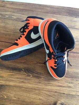 Nike Air Jordan 1 Retro Mid Black Cone Orange Size 9.5 Men for Sale in Oceanside, CA