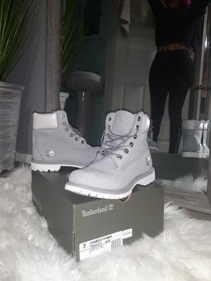 "Brand New Timberland 6"" Metallic Collar Premium Boot Gray size 7 Womens for Sale in Bellflower, CA"