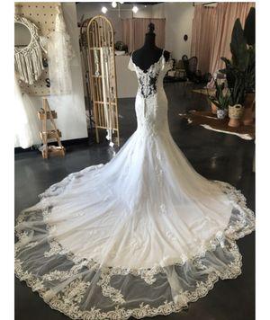 Maggie Sottero Della Wedding Dress Sample Label size 14 for Sale in Long Beach, CA