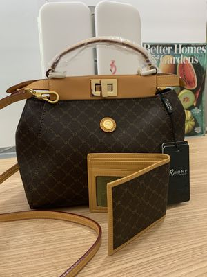 Real leather vintage RIONI made in Italy handbag and purse for Sale in Anaheim, CA