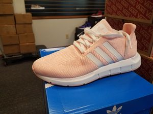 WOMEN'S Adidas swift run Ice cream pink color🍨🍨🍨 for Sale in Silver Spring, MD