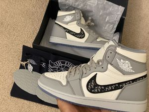 Jordan 1 Retro High Dior for Sale in Kissimmee, FL