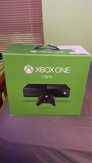 Xbox one 1 tb ,3 games and 1 controller included for Sale in Fort Worth, TX
