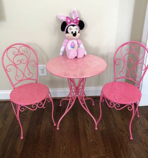 Girls metal table and chairs with metal set bookshelves. for Sale in Dacula, GA