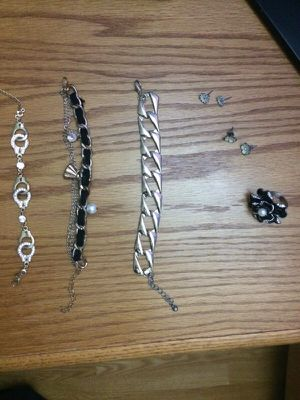 Jewelry Bundle for Sale in Pittsburgh, PA