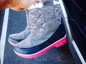 Kids Sorel Winter Rain/Snow Boots Size 1 for Sale in Chula Vista, CA