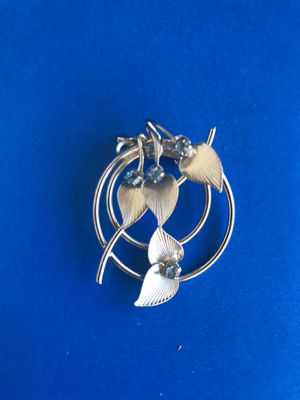 Vintage Shiny Silver Pin & Blue Stones - Jewelry- Clothing for Sale in Hemet, CA