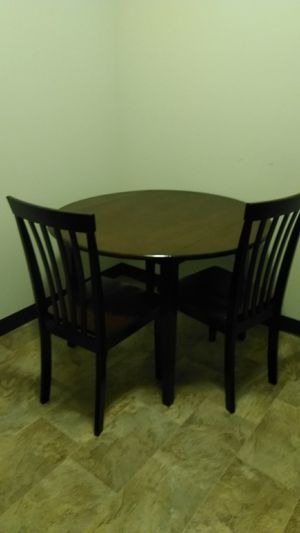 Kitchen table including chairs for Sale in Macomb, IL