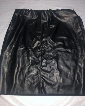 Black leather short skirt for Sale in Largo, FL