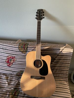 Mitchell Guitar. Model Me2cec for Sale in Denver, CO